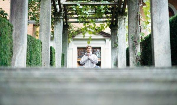 Meditation für den Start in die Vata-Zeit